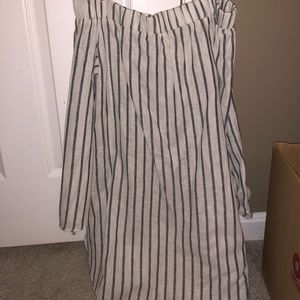 Tops - Off the shoulder tunic